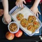 Tiếp viên hàng không tiết lộ những món ăn không nên mang lên máy bay để tránh gây phiền toái cho cả phi hành đoàn lẫn khách đi cùng