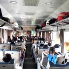 Trẻ em đi tàu hỏa (xe lửa) có cần mua vé không?
